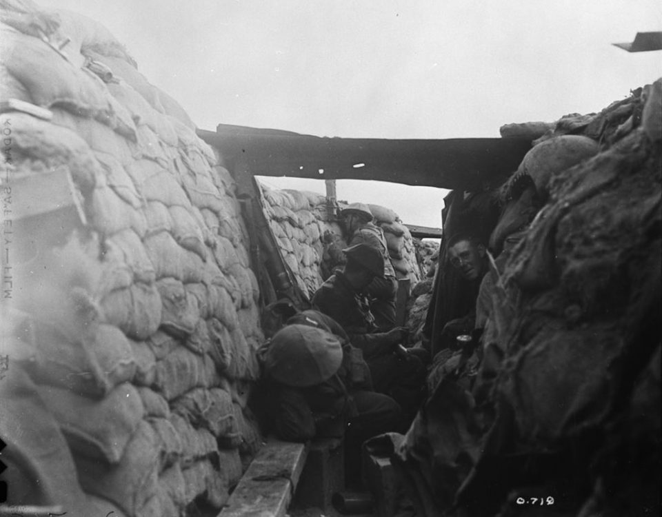 Looking down a front line trench, 1916 (LAC M#3395564).