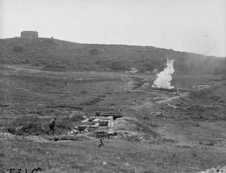 Explosives practice in Britain, Sept. 1917 (LAC M#3404532).